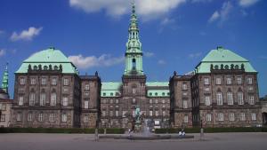 Christiansborg-folketinget-denmark2014